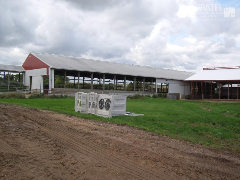 Connecting Barn